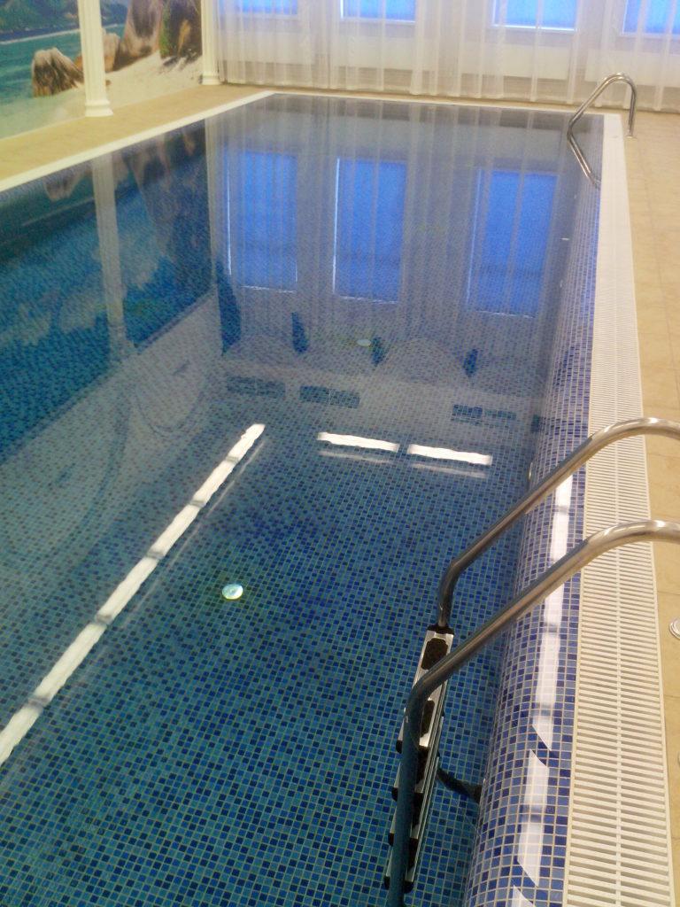 Переливной бассейн 9*3 метра